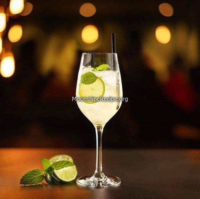 hugo cocktail drink