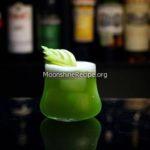 Apple Liqueur gin cocktail