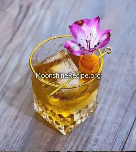 Canadian Maple Syrup Cocktail