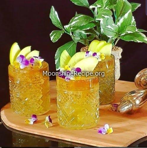 Honey Apple Cocktail